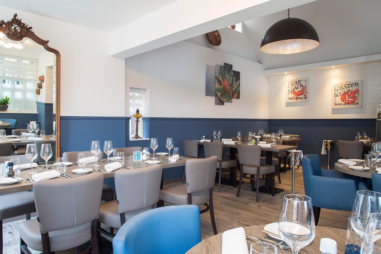 Restaurant de Dorpshoek, reeclame, Interieurfotografie, grafische vormgeving, Aalsmeer, Andries van der Ree